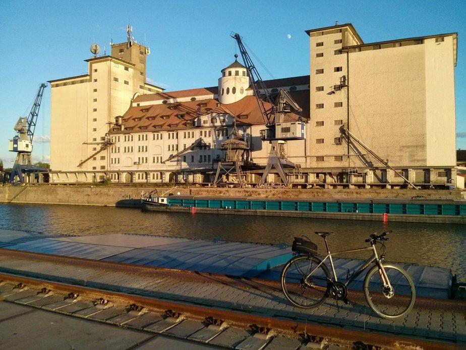 Abendstimmung im RegensburgerWesthafen