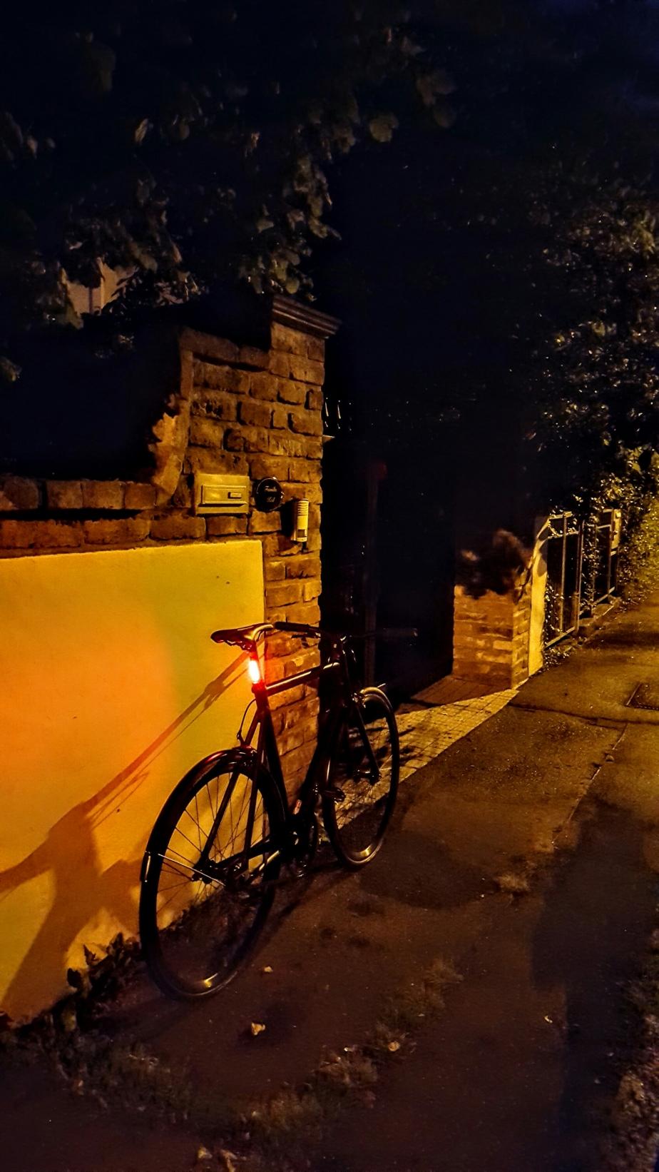 LEDs in der Sattelstütze von Viktor
