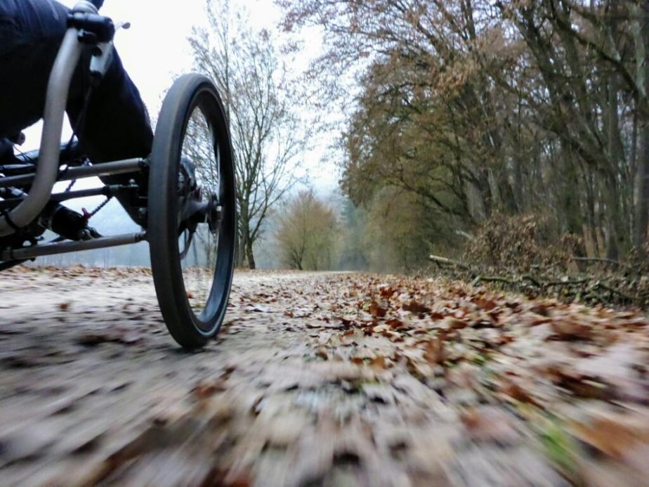Mit dem Dreirad auf dem Friedrich-Pustet-Radweg