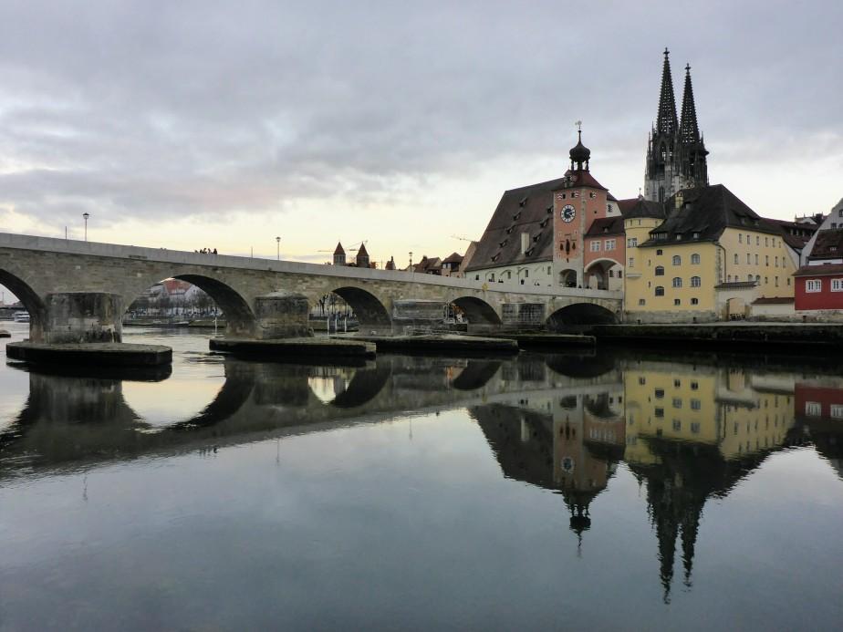 Fett und nicht ganz ungefährlich an der Donau entlang