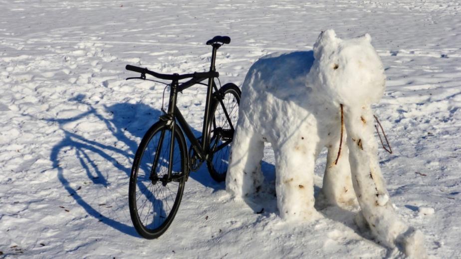 Sensation: Viktor entdeckt in eisiger Kälte einen Schneeelefanten