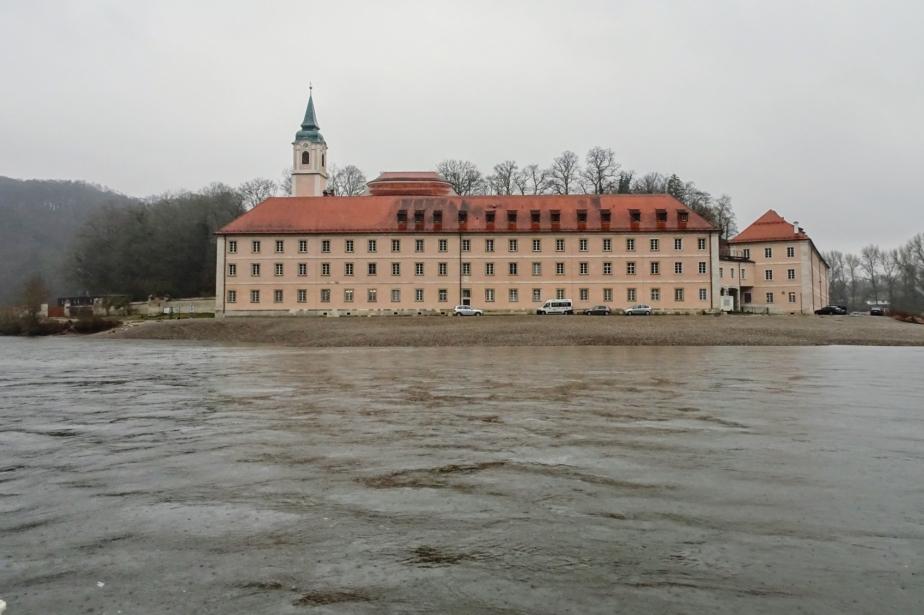 Viktor auf großer Fahrt durch den Donaudurchbruch